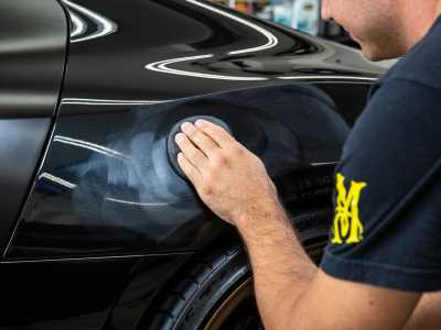 Shine and Protect Your Paint with the Right Type of Car Wax