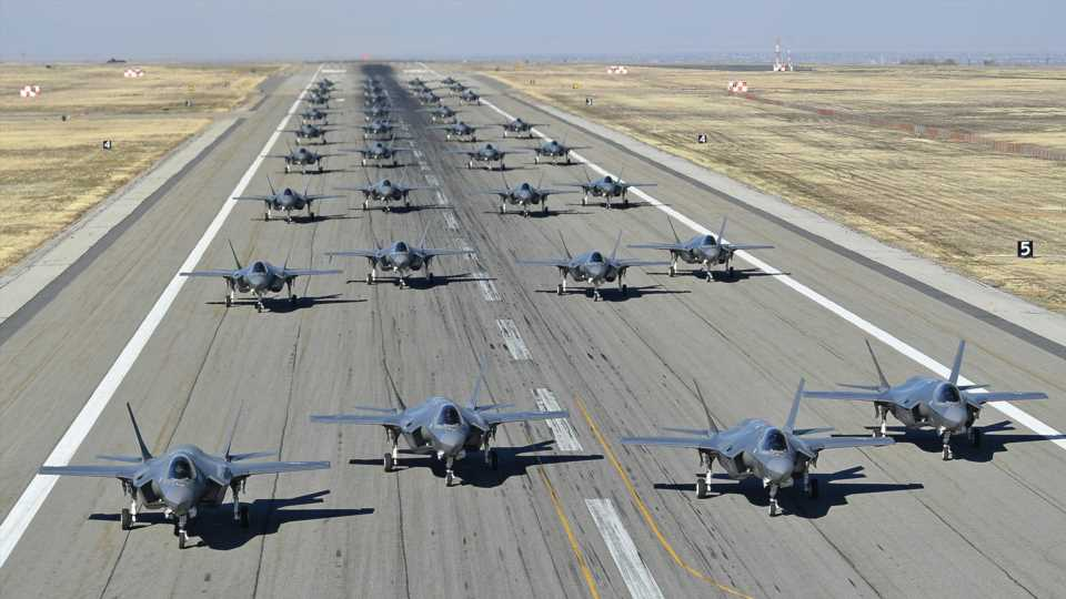 Two USAF Fighter Wings Line Up 35 F-35s During Type's First-Ever 'Elephant Walk' Exercise (Updated)