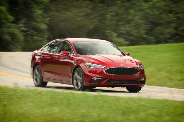 2020 Ford Fusion lineup trimmed for sedan's last year