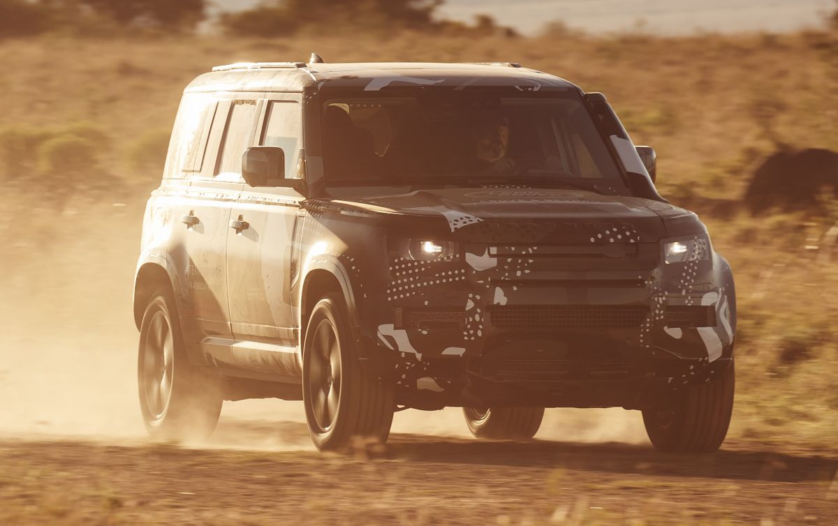 New Land Rover Defender does lion conservation duty