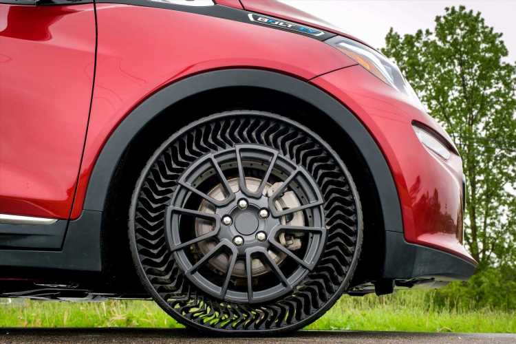 5 Ways Airless Tires Could Be a Breath of Fresh Air for Drivers
