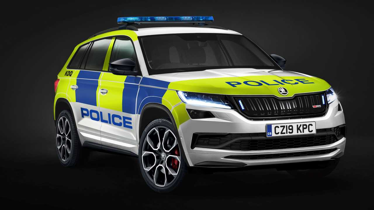 Skoda Kodiaq RS Reporting For Police Duty With Siren, Light Bar
