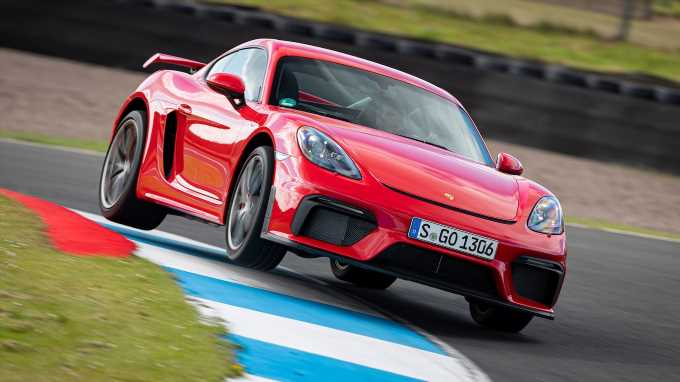 2020 Porsche 718 Cayman GT4 Review: Escaping the 911\u0027s Shadow