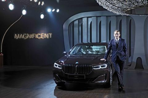 BMW 7 Series facelift launched at Rs. 1.22 crore