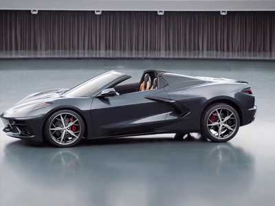 Here's the 2020 Corvette Convertible with and without camouflage