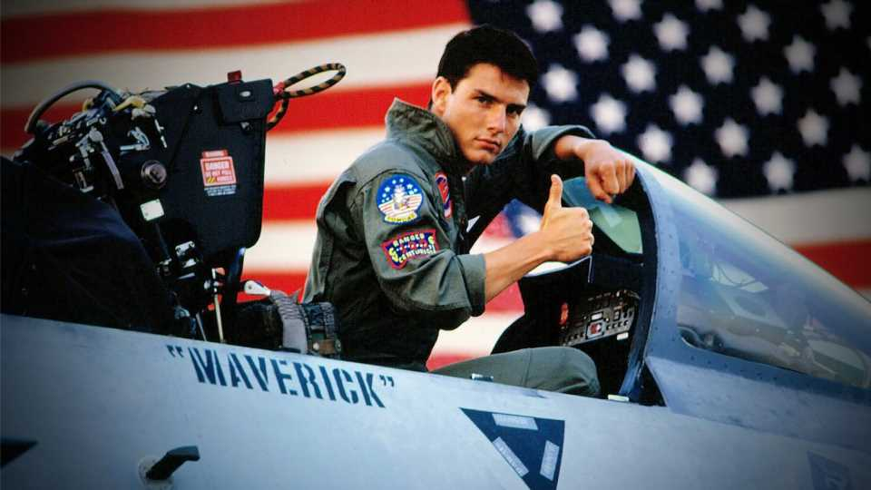It Finally Happened: Cruise Reunites With An F-14 Tomcat In New Top Gun 2 Set Photos