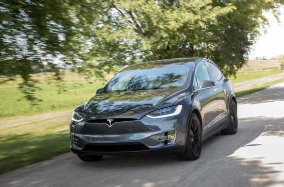 The Week in Tesla News: Netflix and Drive, Cameras to Capture Driver Preferences, Electric-Van Life