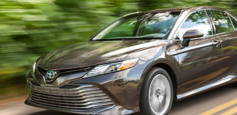 2019 Toyota Camry Hybrid XLE essentials: Not surprisingly, perfect