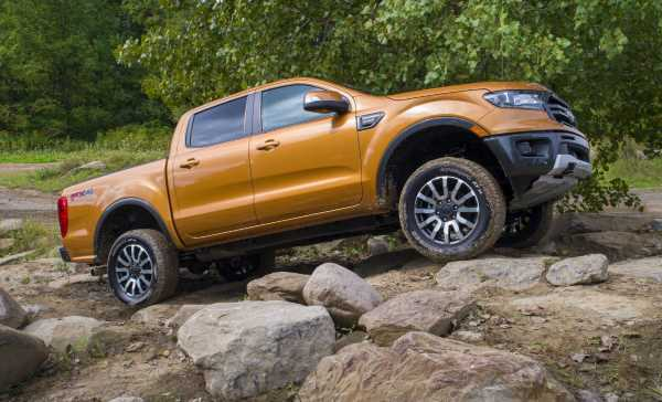 Ford Performance Parts now offering aftermarket off-road lift kits, Fox shocks for F-150 and Ranger