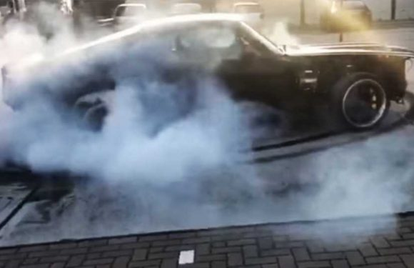 This Electric Vintage Ford Mustang Burnout Video Shows the Future Is Now