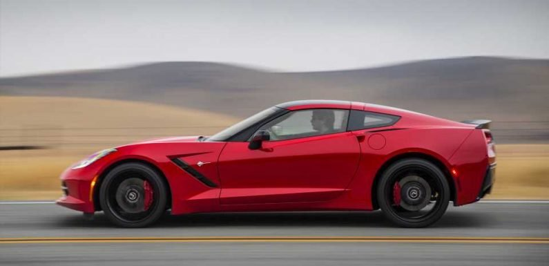 You Can Grab a Gigantic Deal on a New Chevy Corvette, Camaro as GM Fights Falling Sales