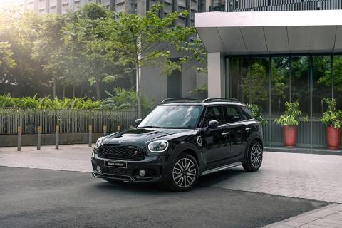 Mini Countryman Black Edition launched at Rs. 42.40 lakh