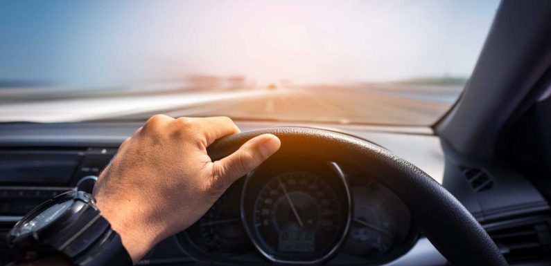 Best Steering Wheel Knobs: Our Top Picks for Relaxed Driving