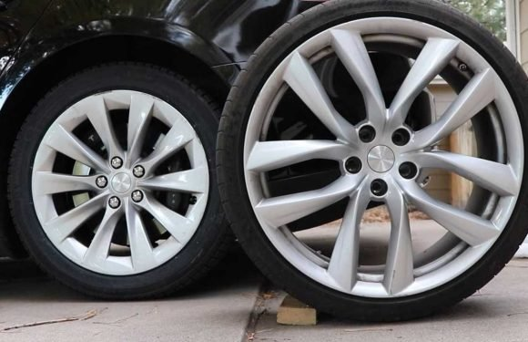 Choosing The Best Winter And Summer Tires For Your Tesla