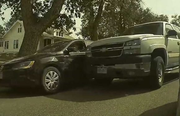 Watch Truck Merge Right Into A Car: Caught on TeslaCam