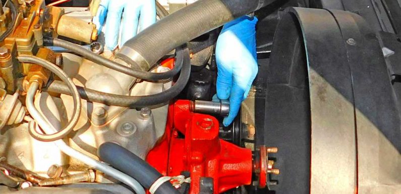 How to Install Water Pumps on Vintage Corvettes
