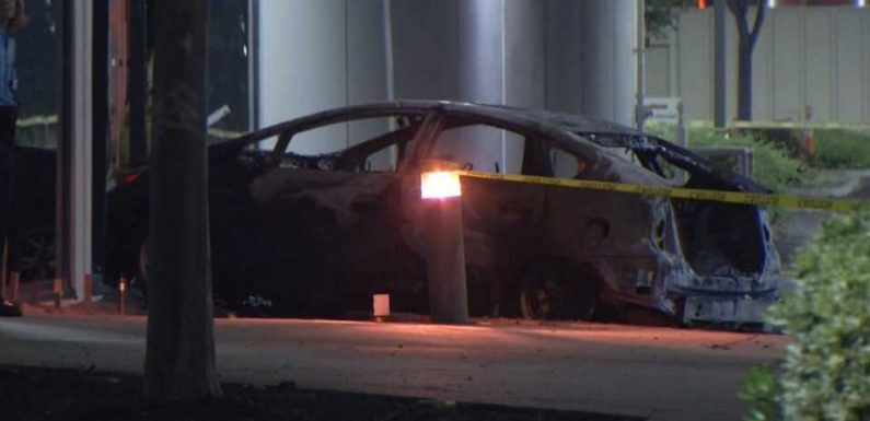 Maniac Purposedly Crashes Toyota Prius Into US Military Contractor Building