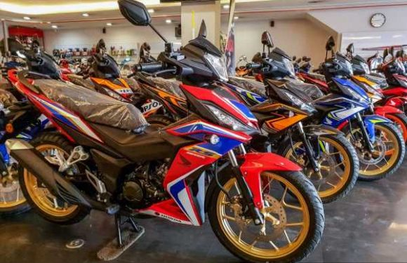 2020 Honda RS150R V2 spotted in Malaysian dealer, five new colours, pricing starts from RM9,300