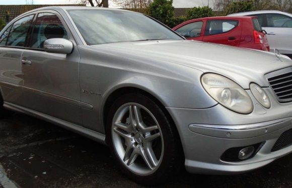 The Mercedes-Benz E55 AMG Is Fast, Cool and Less Than £7000