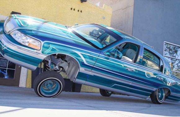 1998 Lowrider Lincoln Town Car Father Son Project