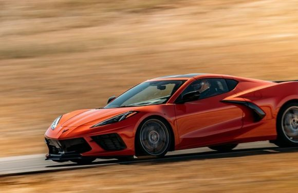 The 2022 Corvette Z06 Will Reportedly Get Active Aero and Carbon Wheels