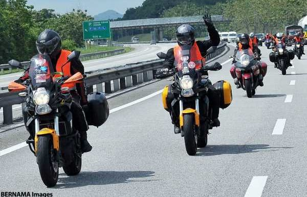 Malaysian govt may withdraw bike convoy permission under RMCO, other freedoms may be restricted – paultan.org