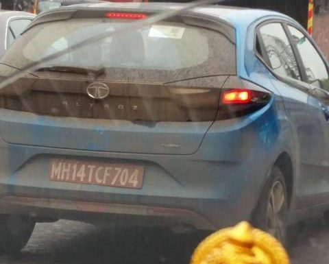 Tata Altroz with turbo petrol engine spotted undisguised