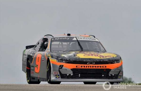 Noah Gragson to remain with JR Motorsports for 2021
