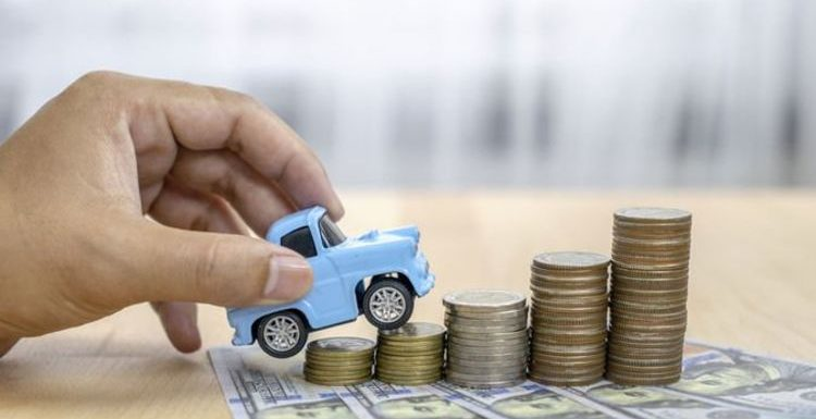 Car insurance: Drivers can make 'very significant savings' by doing this one thing