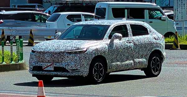 SPYSHOTS: 2021 Honda HR-V spotted for the first time in Japan – more rugged design, steeper rear glass – paultan.org