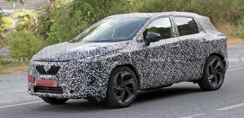 Nissan Qashqai Spied Inside And Out, But It's Reportedly Been Delayed