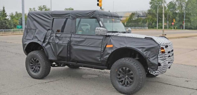 Here's the Amped-Up Ford Bronco Raptor Out Testing In the Wild