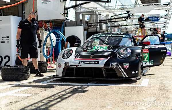 Porsche facing 'disadvantage' in Le Mans 24 Hours GTE fight