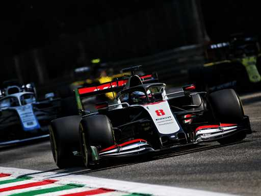 Guenther Steiner defends lack of upgrades on Haas car | Planet F1