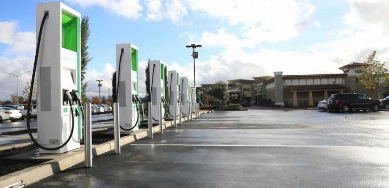 Electrify America Begins Pay By kWh Pricing In Select States; Lowers Cost