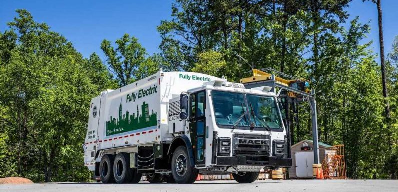 Electric Garbage Trucks Are Finally Coming in 2021 With the Battery-Powered Mack LR