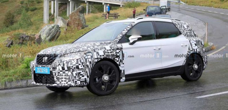 SEAT Arona Facelift Spied Hiding Minor Revisions