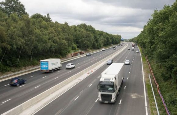 Drivers warned there is 'no immediate solution' to fixing smart motorways despite risks