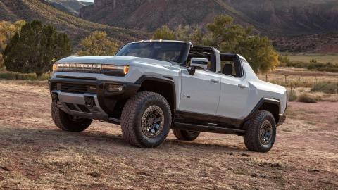 GMC Hummer EV 'electric supertruck' revealed