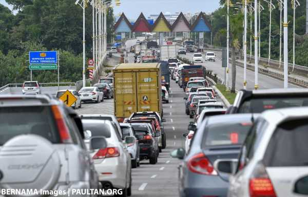 Roadblocks placed at Selangor state borders and toll plazas to curb travel during CMCO – 17 now for PLUS – paultan.org