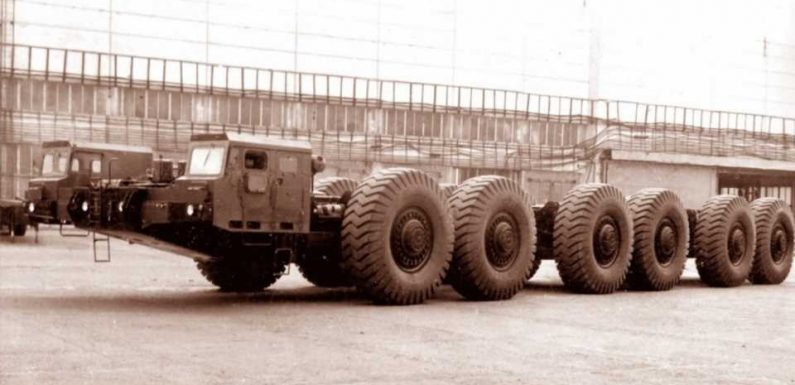 The Soviets Built a 12-Wheeled Mega Truck With a 42.4L Engine and 220-Ton Carrying Capacity