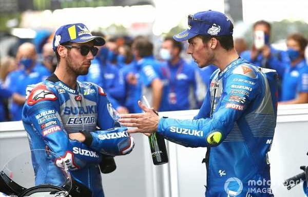 """Not fair"" to impose team orders on Rins now – Mir"