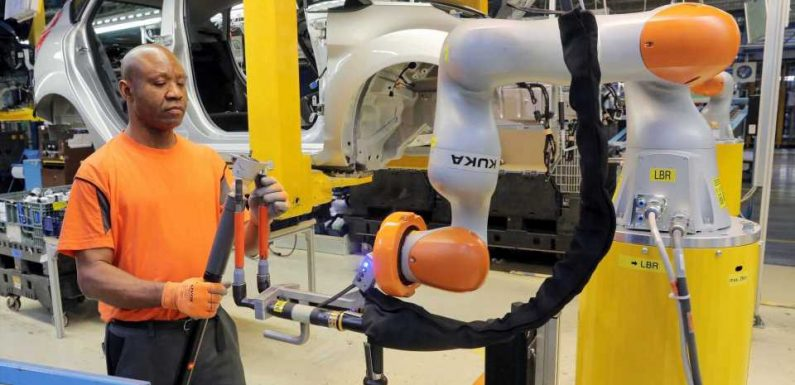 Ford Thinks Robots Will Never Fully Replace Humans In Car Production
