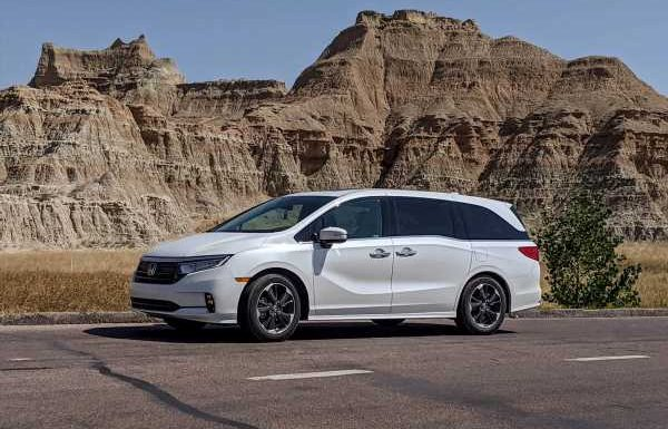 Is the 2021 Honda Odyssey Ready for an Epic Journey? 7 Pros and 3 Cons