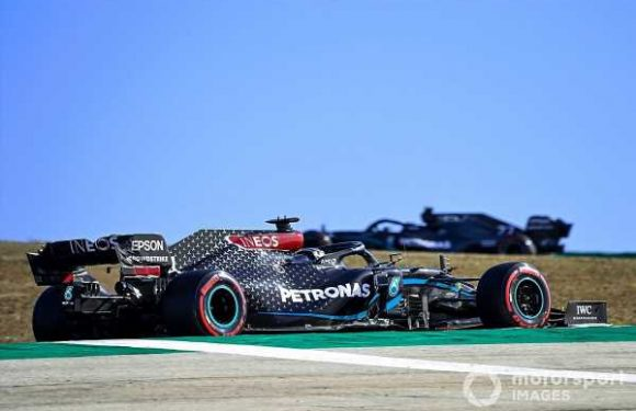 Hamilton explains 'counter-intuitive' medium tyre choice