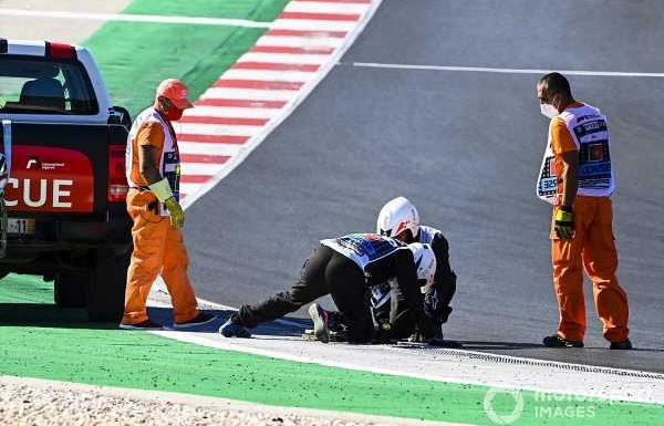 Portuguese GP qualifying delayed after drain cover issue