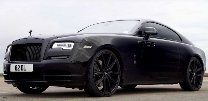 Rolls-Royce Wraith And Bentley Continental GT Drag Race In Battle Of Luxury Titans
