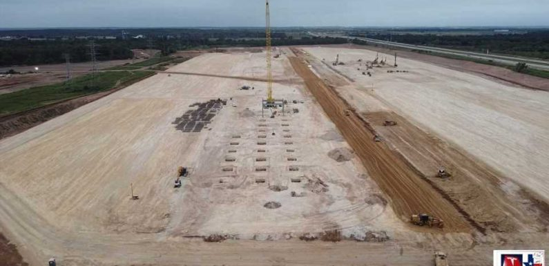 First Steel Structure Appears At Tesla Giga Austin