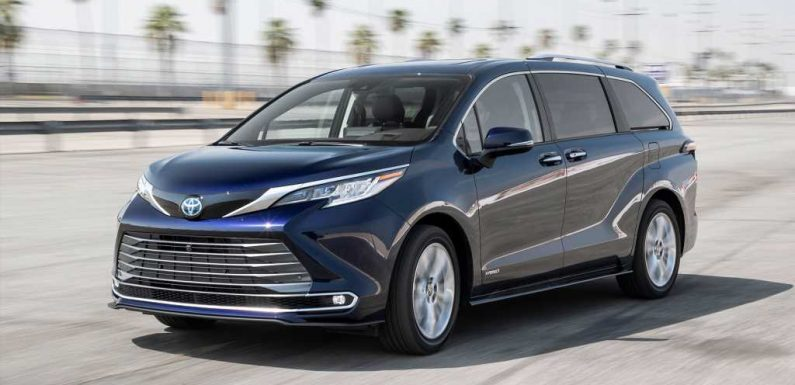 2021 Toyota Sienna Hybrid Minivan Pros and Cons Review