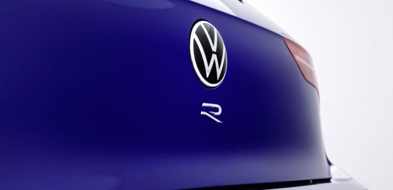 Volkswagen Golf R Mk8 teased – to get over 330 PS? – paultan.org